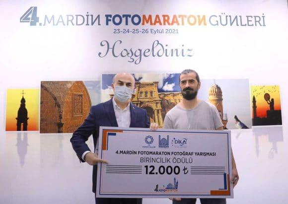 4. Mardin Fotoğraf Maratonunda dereceye giren yarışmacılara ödülleri verildi