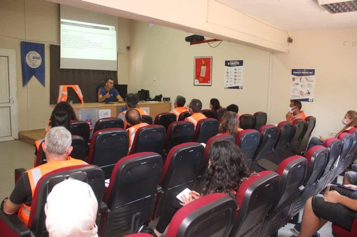 AFAD gönüllüleri Hafif Arama Kurtarma eğitimlerine başladı