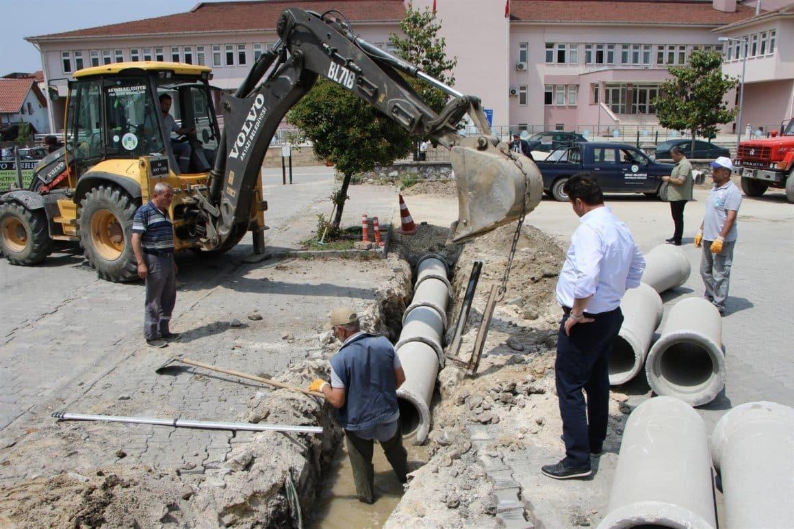Akyazı'da altyapı güçlendirme çalışmaları sürüyor