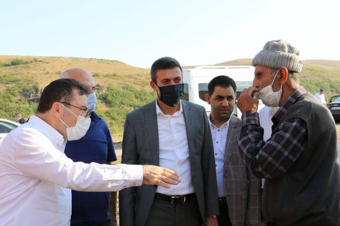 Altınok, Erzurum'u adım adım geziyor
