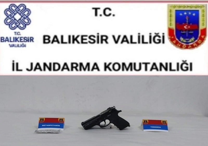 Balıkesir'de jandarma 27 şahsı gözaltına aldı