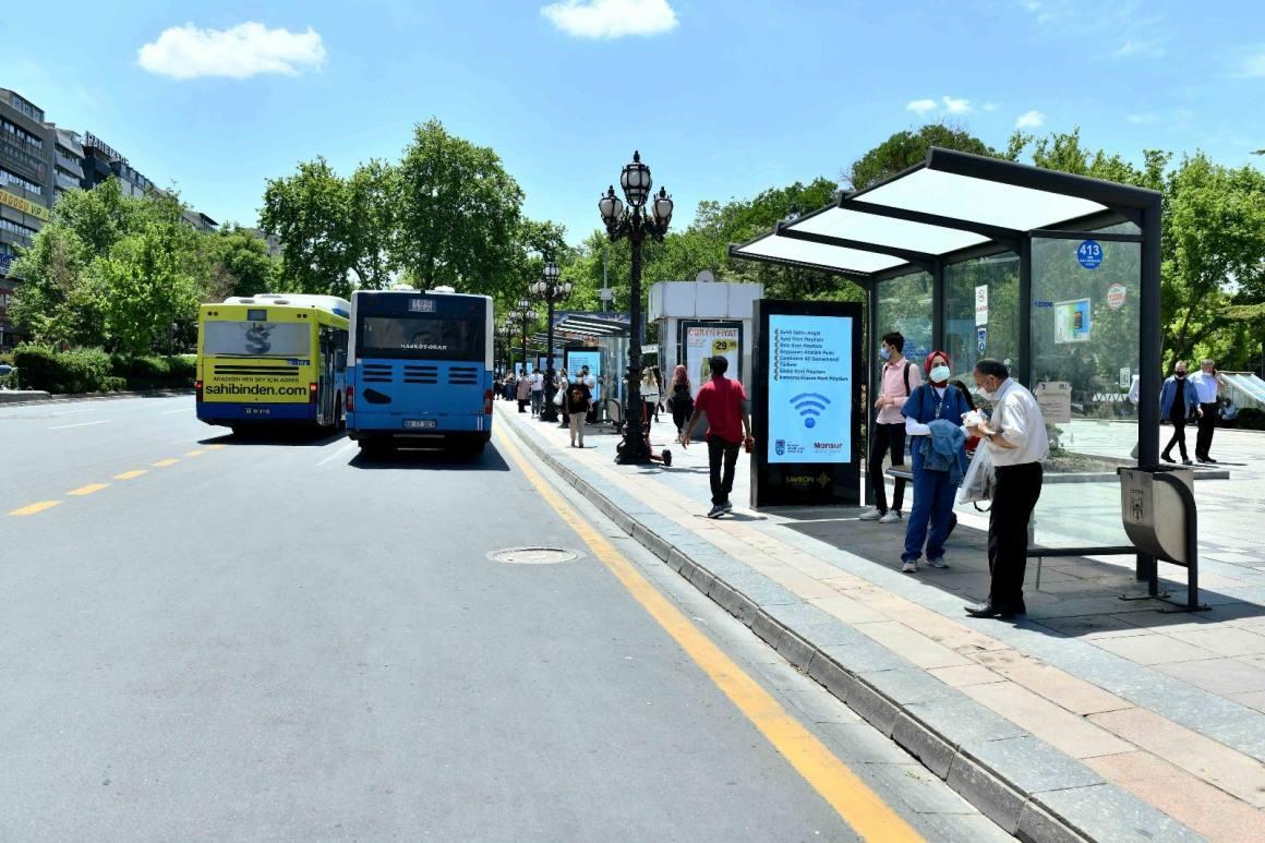 Başkent'in merkezi de wi-fi'ye kavuştu: Kızılay Meydanı'nda ücretsiz internet dönemi başladı