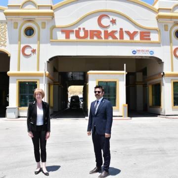 Birleşik Krallık Bakanı Morton, Suriye sınırını ziyaret etti