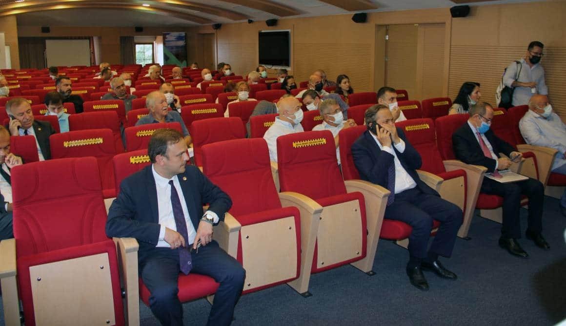 CHP Ekonomi Masası heyeti Giresun'da iş adamlarıyla bir araya geldi