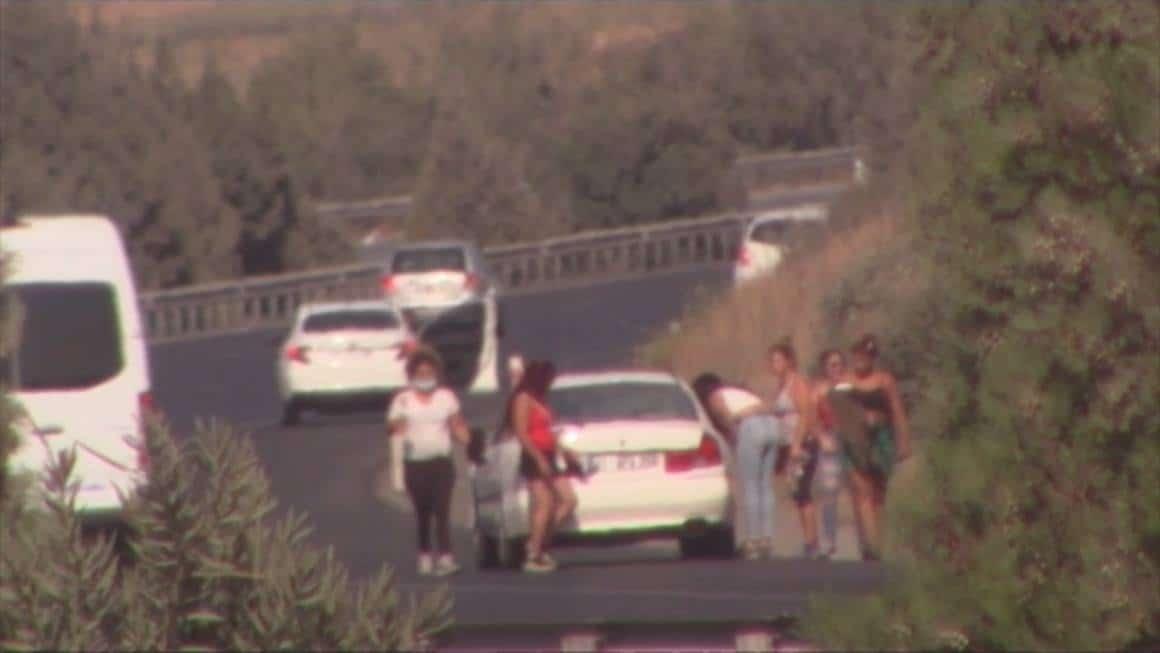 Cono kadınları 'fuhuş oyunuyla' gelin arabası sürücüsünü bile soydu
