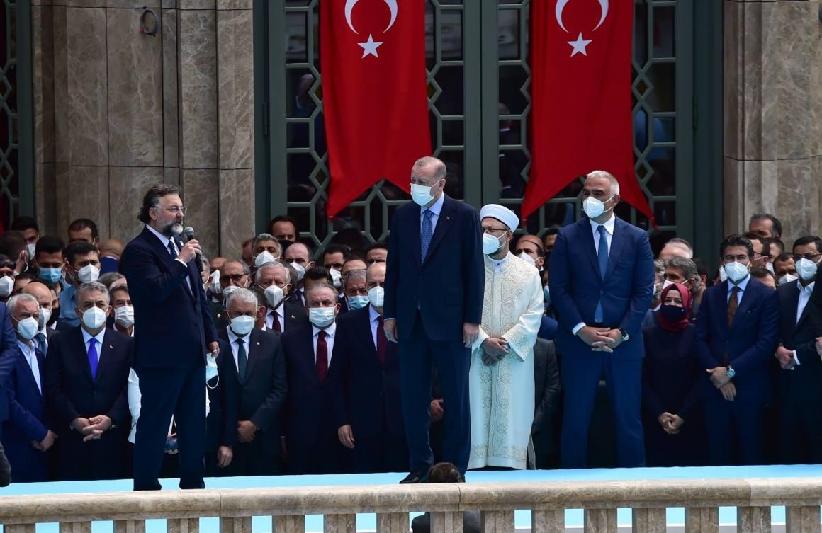 """Cumhurbaşkanı Erdoğan: 'Taksim Cami, Ayasofya Cami Kebir'ine verdiğimiz bir selam, fethi 568'inci yıldönümüne hediye"""""""