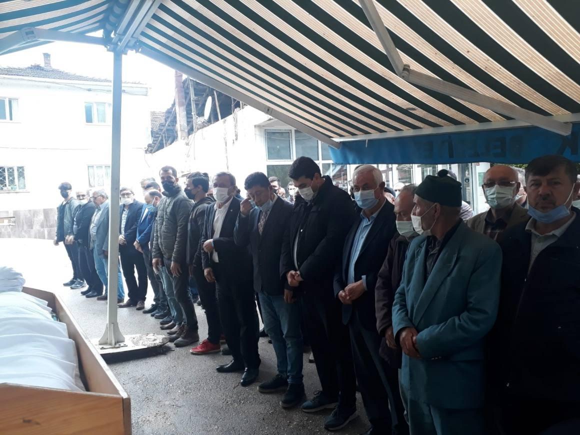 DP Genel Başkanı Gültekin Uysal, eski il başkanı Ünal'ın cenazesine katıldı
