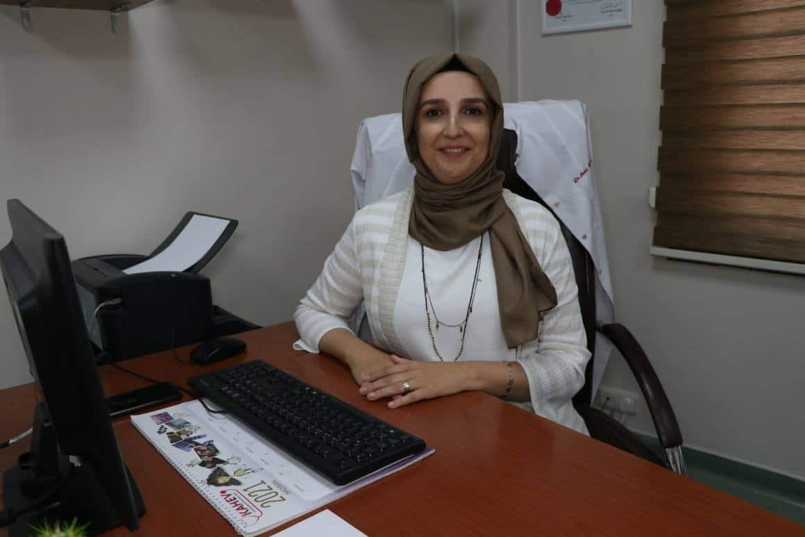 Dahiliye Uzmanı Dr. Ünsal'dan 'aşı olun' çağrısı