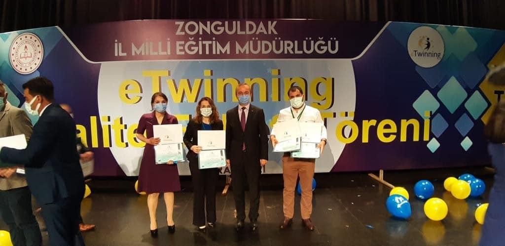 E-Twinning ödülüne layık görüldüler
