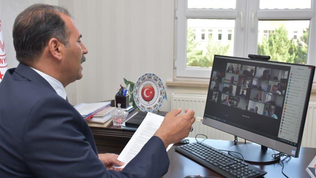 Erzincan'da ilçe milli eğitim müdürleri ile çevrimiçi toplantı yapıldı