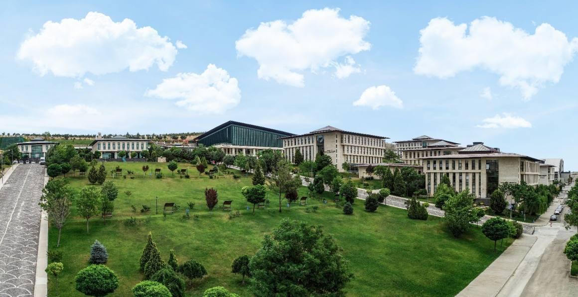 HKÜ Hukuk Fakültesi mezununun tekno-girişimcilik başarısı