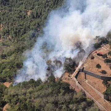 İzmir Yamanlar'daki yangın kısmen kontrol altında