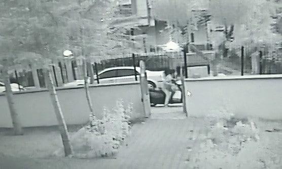 Karaman'da motosikletin çalınma anı güvenlik kamerasında