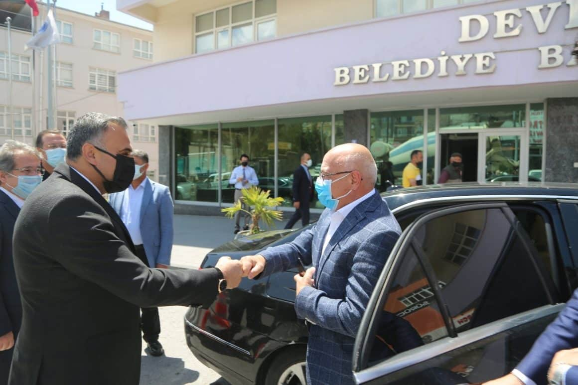 Kayseri Milletvekili İsmail Tamer Develi'yi ziyaret etti
