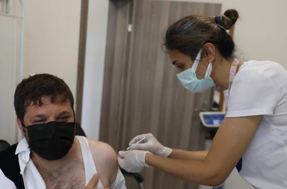 Kayseri, Niğde, Nevşehir ve Kırşehir'de şu ana kadar 1 milyon 370 bin 238 kişi aşılandı