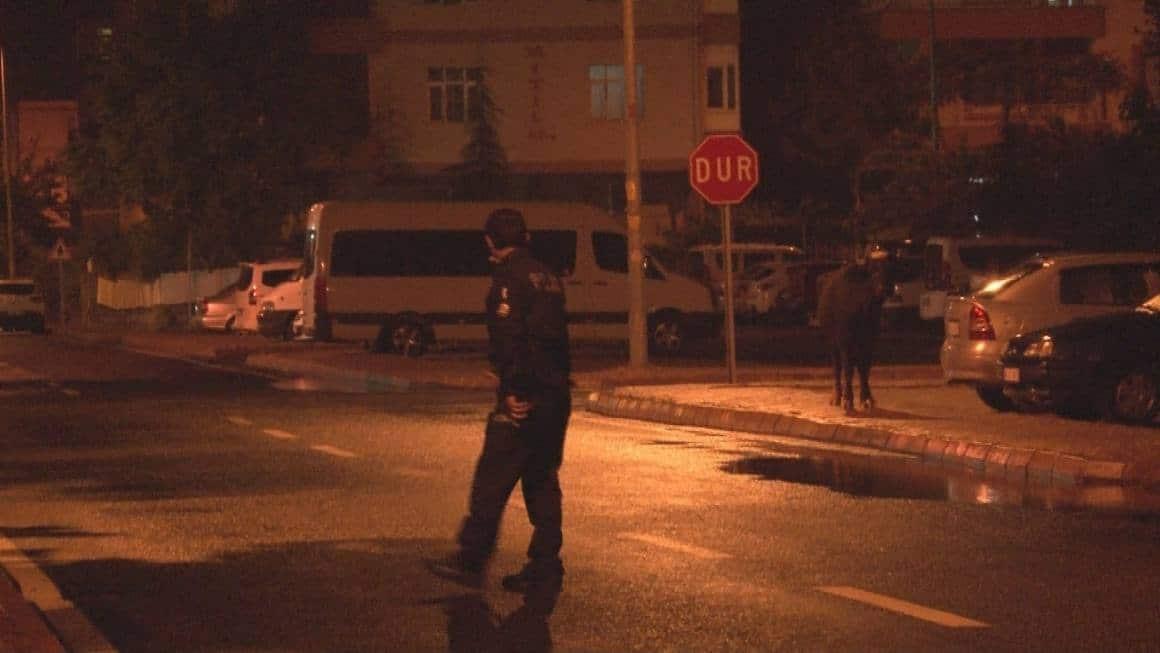 Kayseri'de başıboş 'camız' vatandaşlara ve ekiplere zor anlar yaşattı