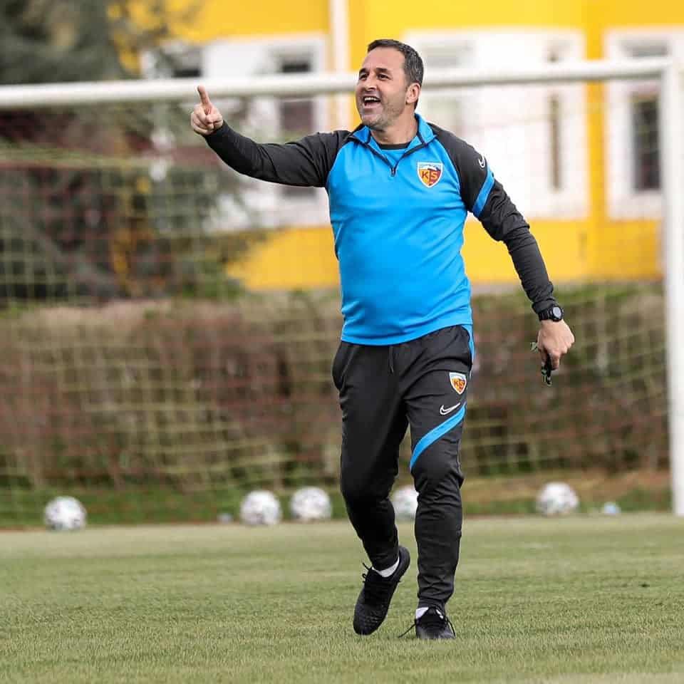 Kayserispor Sportif Direktörü Ali Naibi geldi
