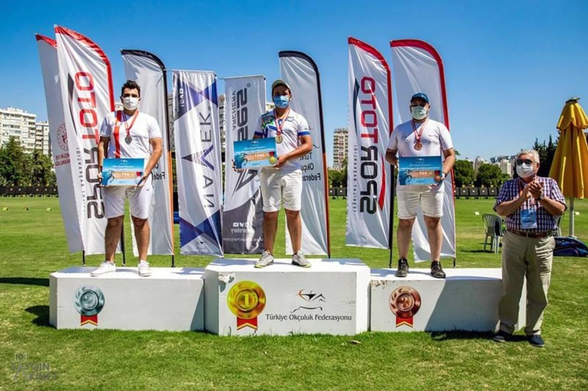 MSKÜ Sporcuları altın madalya ile döndü