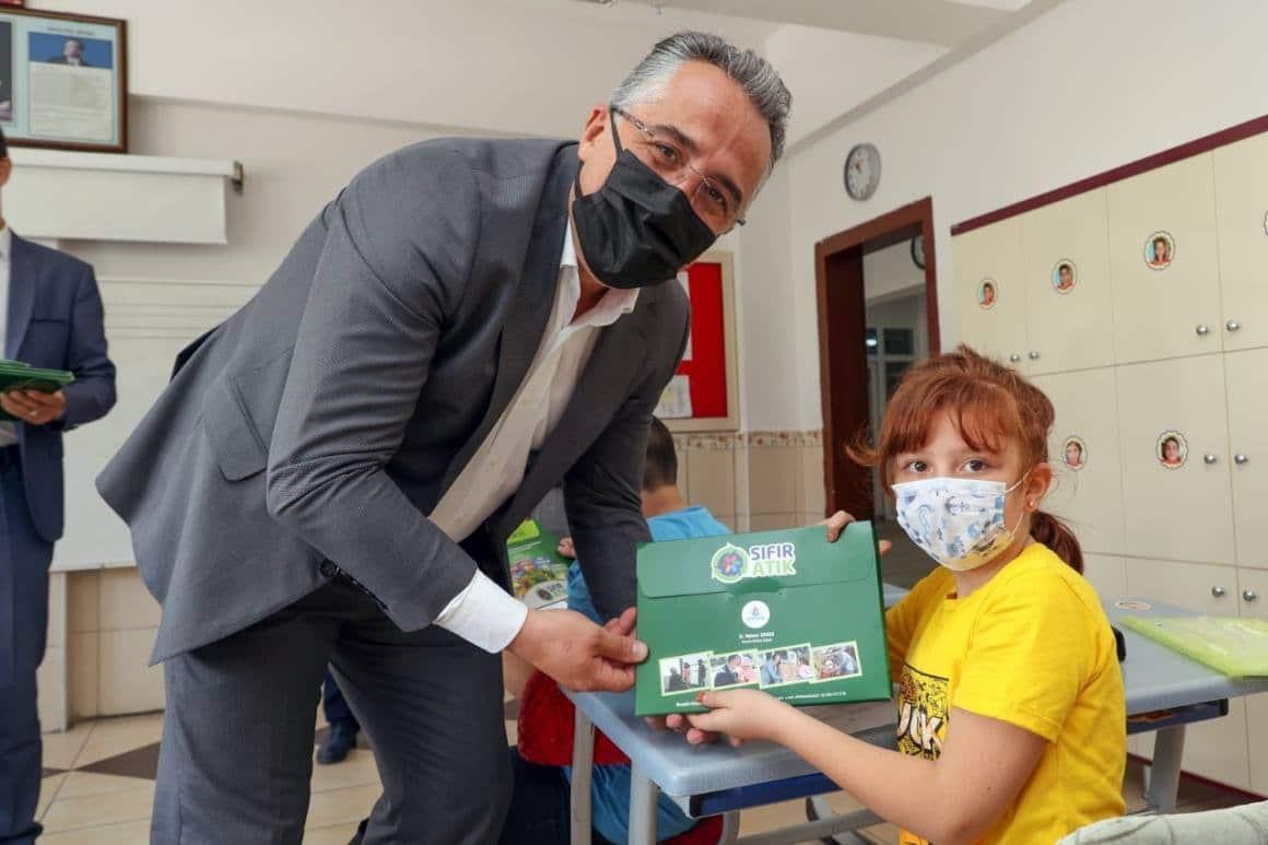 Nevşehir Belediyesi'nden 5 bin öğrenciye 'Çevreci çocuk eğitim seti'