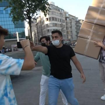 ÖZEL) TikTok fenomeni Semih Varol'dan Taksim Meydanı'nda tepki çeken şaka