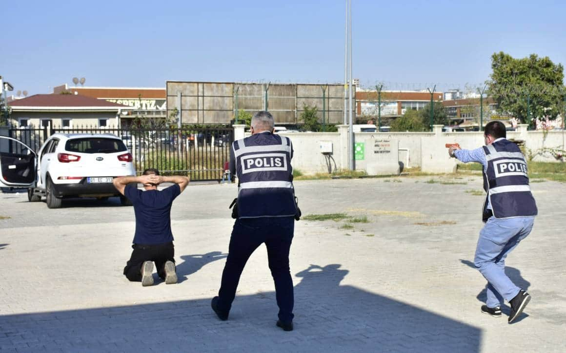 Polise 'güvenli müdahale' eğitimi gerçeğini aratmadı