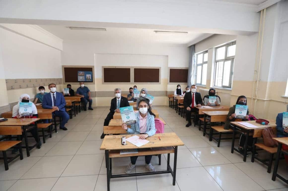 Şahinbey'de öğrenciler kendilerini deneme fırsatı buldu