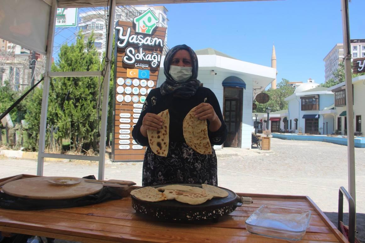 Şanlıurfa'da kadın emeği pazarı yeniden açıldı