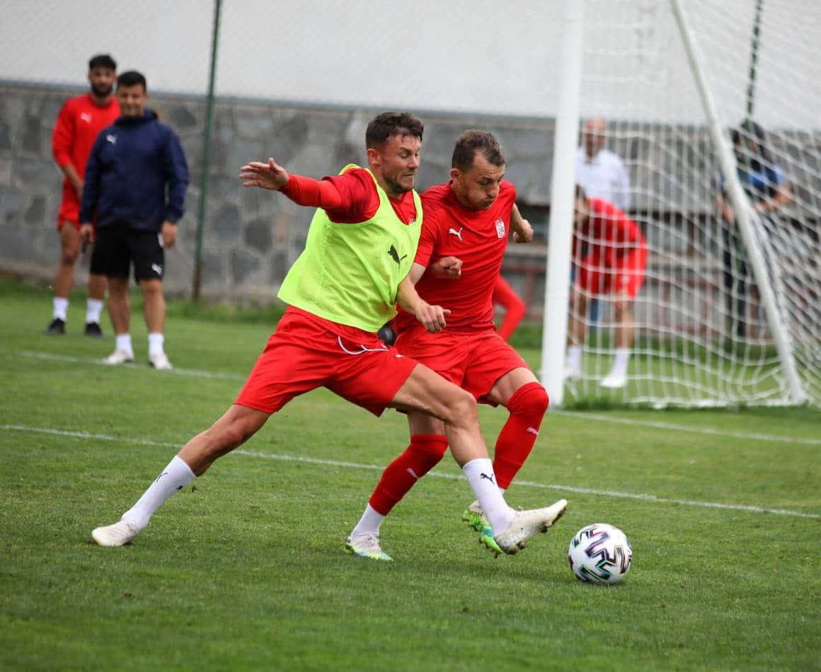 Sivasspor minyatür kale maç yaptı