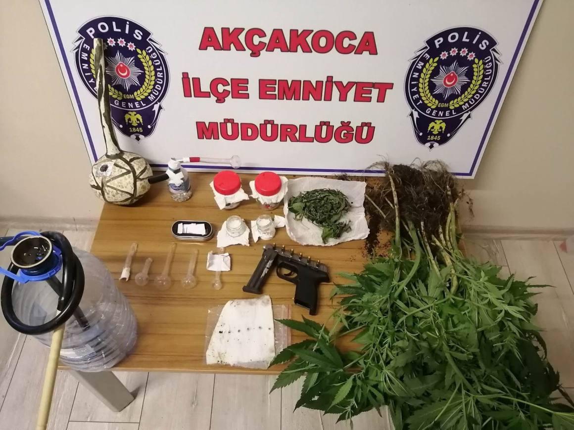 Tatil beldesinde uyuşturucu taciri şahıs tutuklandı