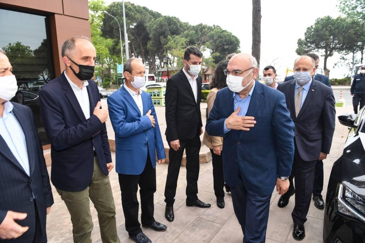 Vekil Yediyıldız'dan Başkan Tavlı'ya ziyaret