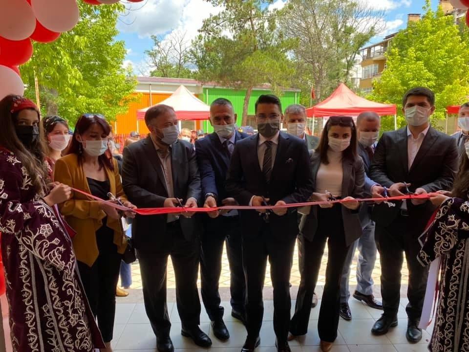 Yenice Halk Eğitim Merkezi yıl sonu sergisi açıldı